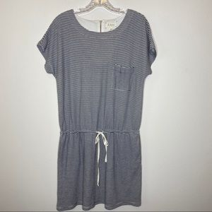 Lou & Grey Drawstring Pocket Dress Size Medium